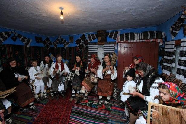 sezatoare din satul paltinu